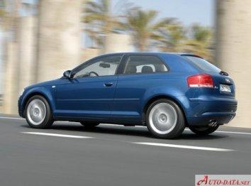 Audi A3 (8P) - Photo 2