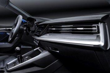 Audi A3 Sportback (8Y) - Photo 7