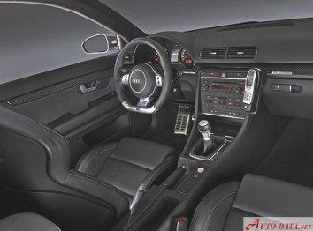 Audi RS 4 Salon (8E B7) - Photo 6