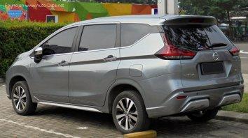 Nissan Livina II  - Photo 2