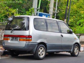 Nissan Serena (C23M) - Photo 2