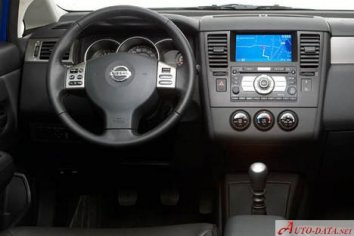 Nissan Tiida Sedan  - Photo 6