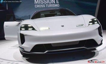 Porsche Mission E Cross Turismo  - Photo 7