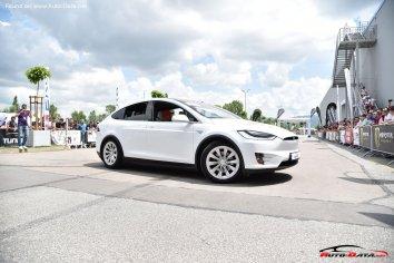 Tesla Model X  - Photo 3