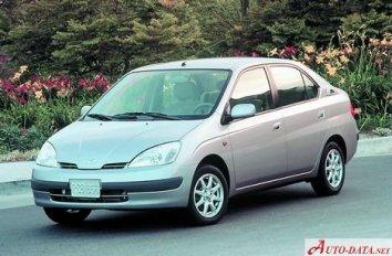 Toyota Prius I (NHW10) - Photo 2